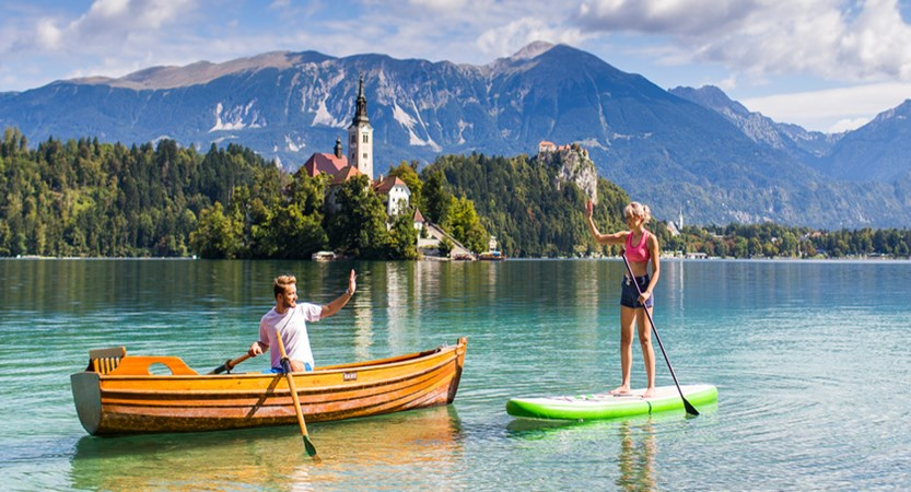 couple_rowing_supping_ Bled 01_fotoBD_2017.jpg