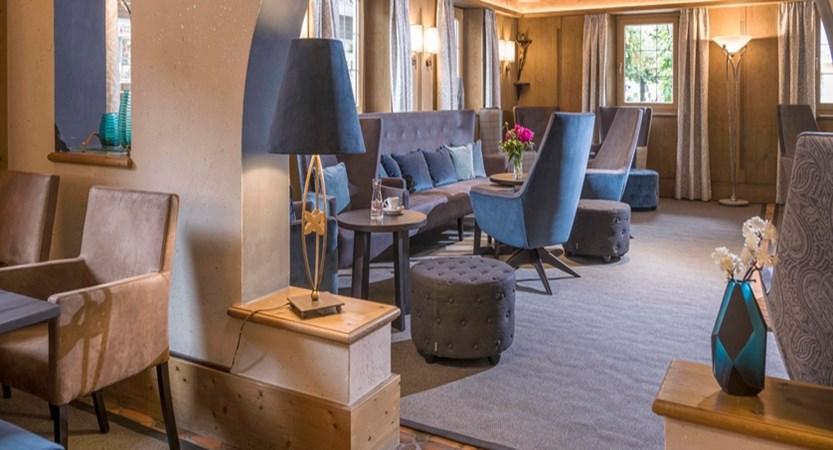 Hotel_Jakobwirt_Westendorf_Fam_Wurzenrainer_Lobby_3 (7).jpg