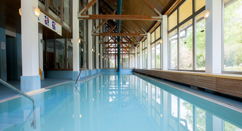 BAZEN - INDOOR POOL.jpg