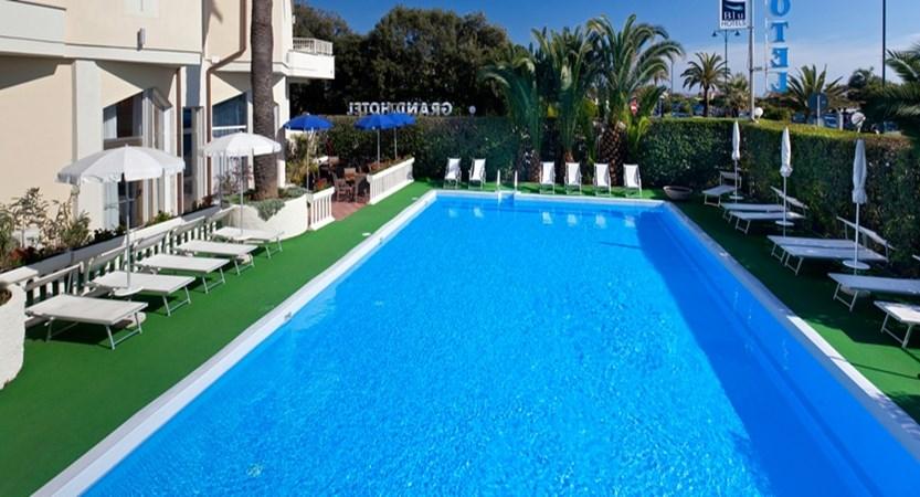 GH-Forte-dei-Marmi-Pool.jpg