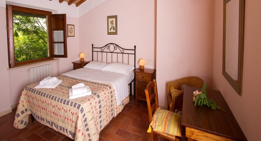 Borgo-al-Cerro-Bedroom.jpg