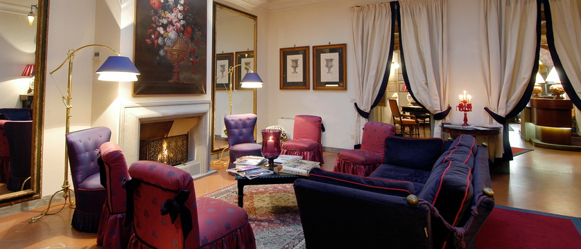 Hotel-Cellai-Lobby.jpg