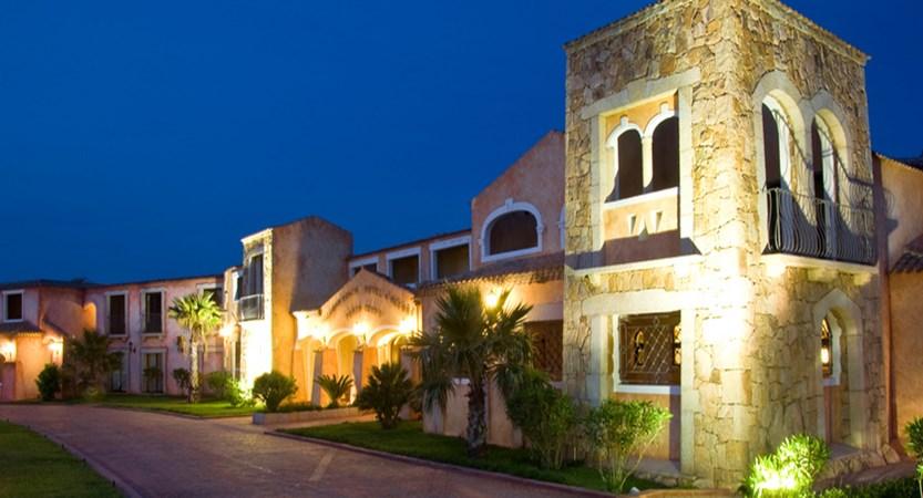 Colonna-Resort-Exterior.jpg