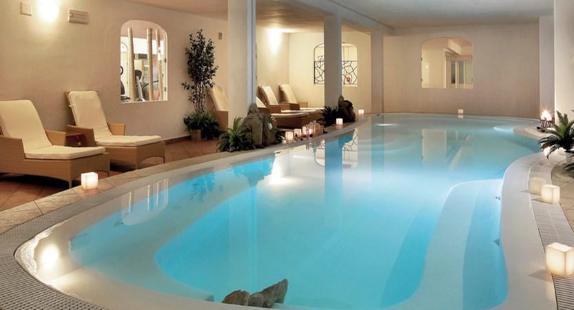 Colonna-Resort-Indoor-Pool.jpg