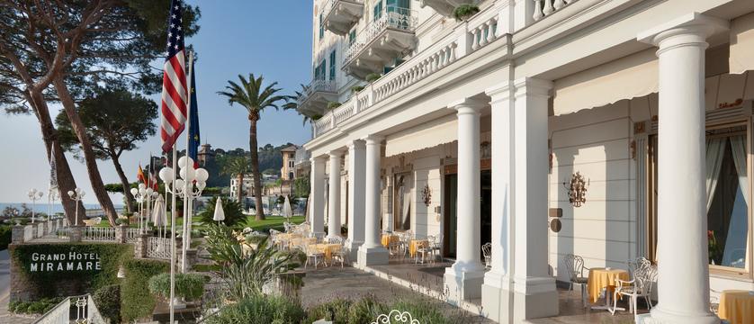 Hotel-Miramare-front.jpg