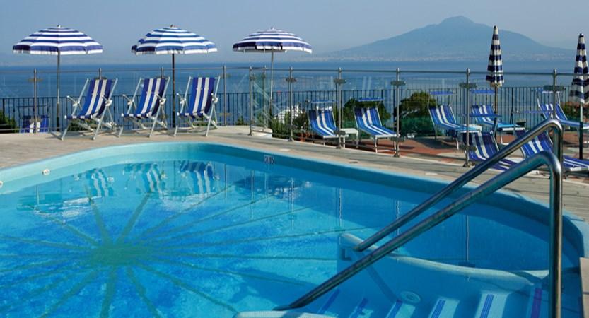 GH-De-La-Ville-Pool.jpg