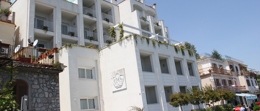 Villa-Fraulo-exterior.jpg