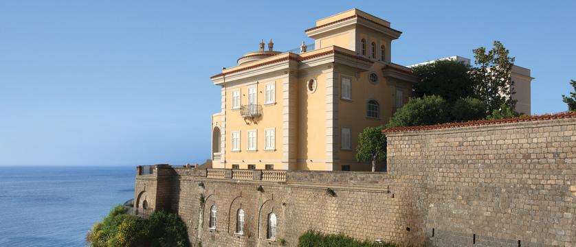 Hotel-Corallo-Exterior.jpg