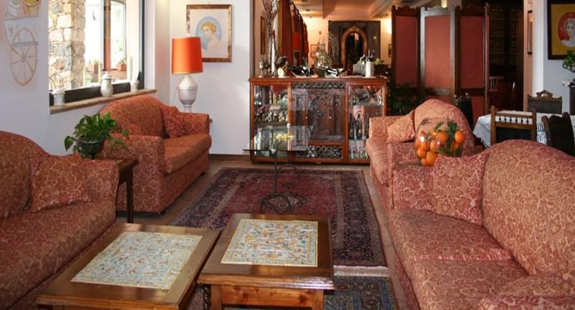 Villa-Sonia-Lounge-Area.jpg