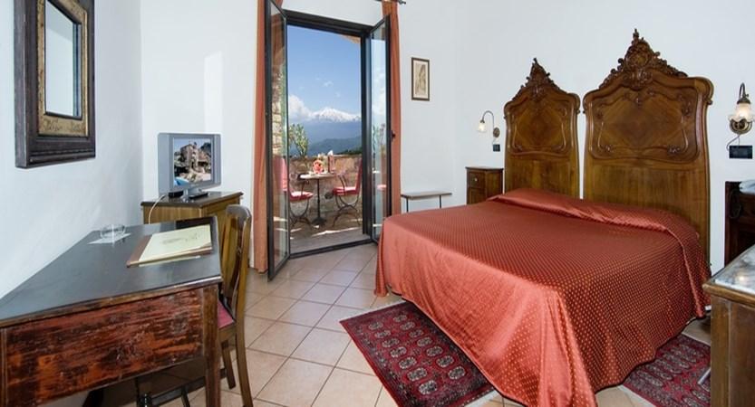 Villa-Sonia-Standard-Room.jpg