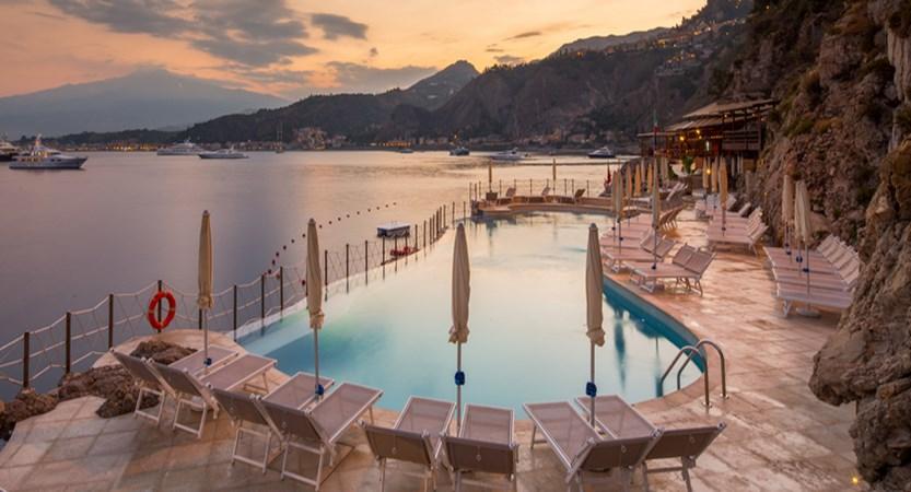 Atahotel-Capotaormina-Pool.jpg