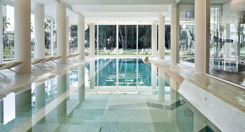 UNA-Hotel-Versilia-Pool.jpg