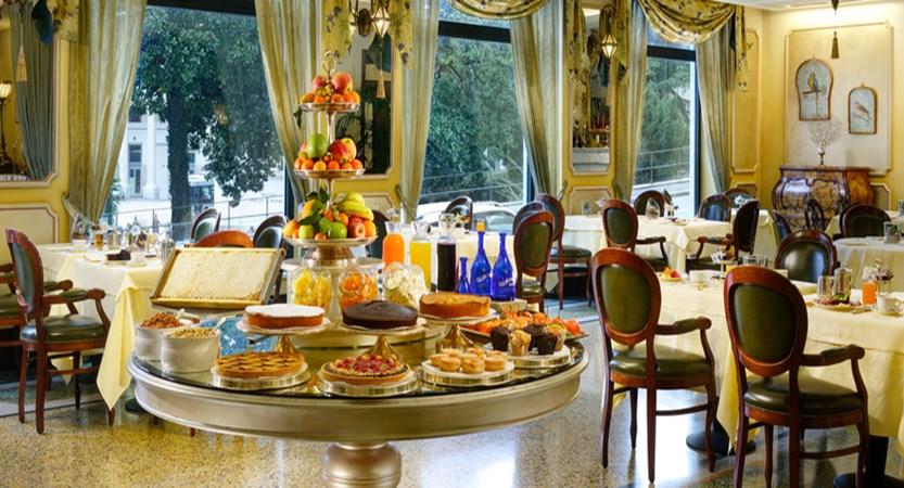 Savoia-breakfast-bar.jpg
