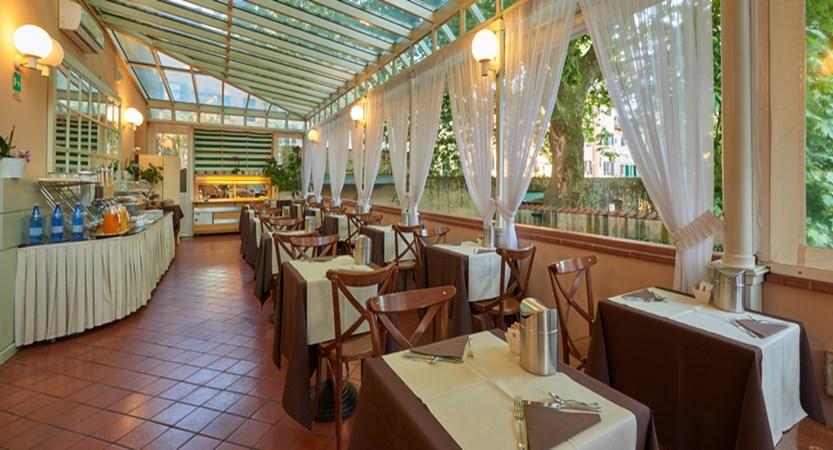 Hotel-Ilaria-Residenza-dell'Alba-Breakfast.jpg