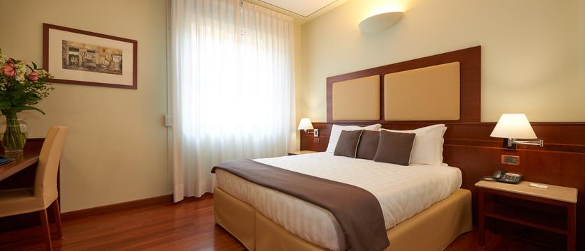 Hotel-Ilaria-Residenza-dell'Alba-Standard.jpg
