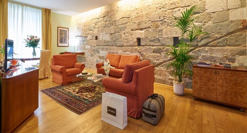 Hotel-Ilaria-Residenza-dell'Alba-Suite.jpg