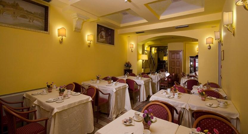 quattro-fontane-dining-room.jpg