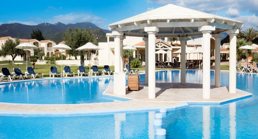 Spiagge-San-Pietro-Pool.jpg