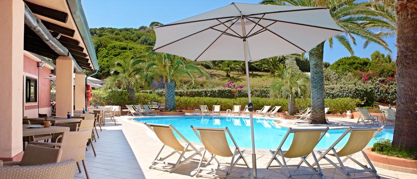 Hotel-Corallaro-Pool.jpg