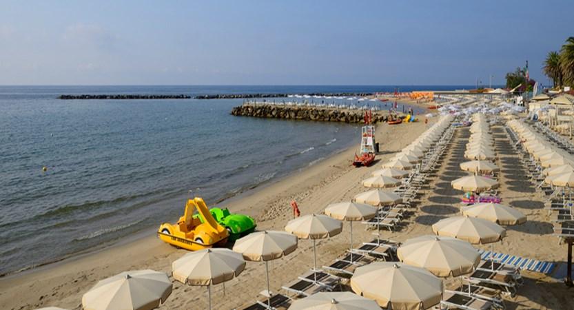 Royal-Sanremo-Beach.jpg