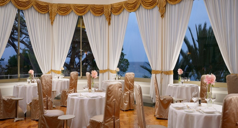 Royal-Sanremo-restaurant.jpg
