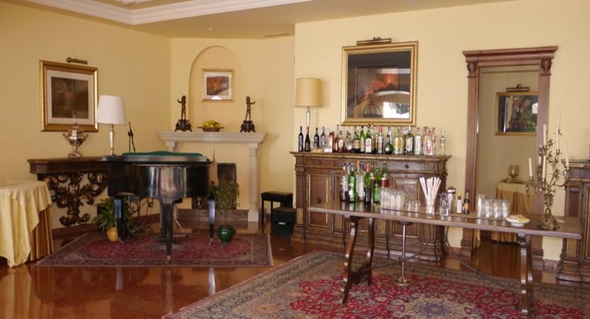 Villa-Diadoro-lounge.JPG