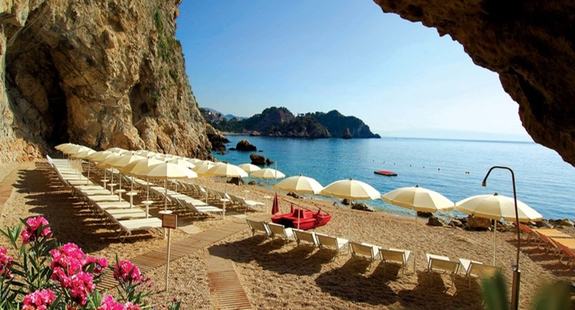 Capotaormina-Beach.jpg
