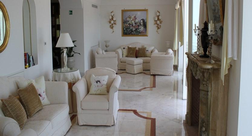 Villa-Fraulo-Lounge.jpg (1)
