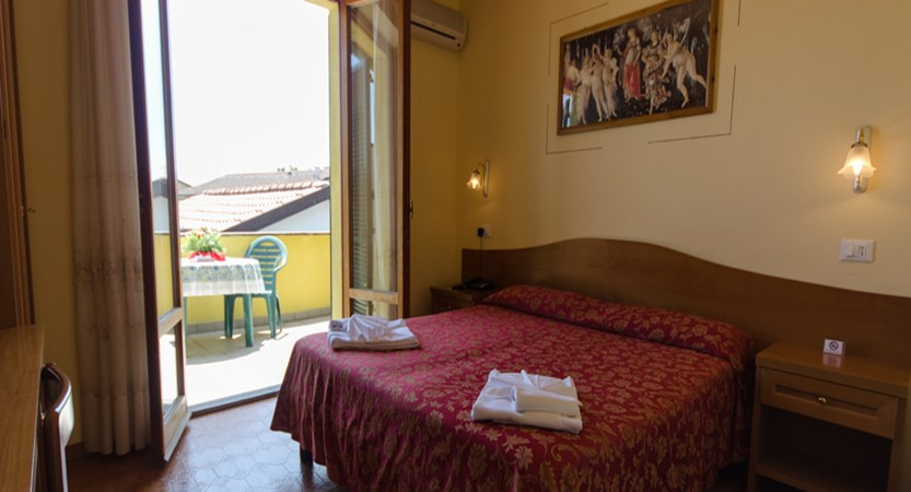 Duca-dell-Corgna-Bedroom.jpg