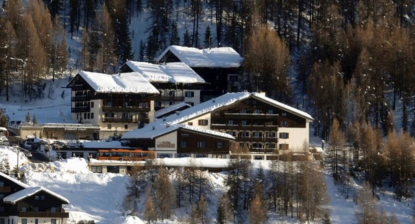 italy_livigno_hotel-intermonti_exterior.jpg (1)