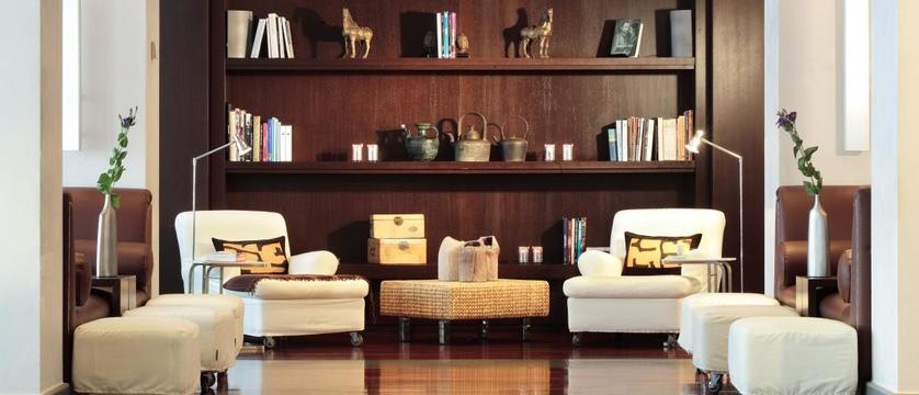 Hotel-Excelsior-Lounge.jpg