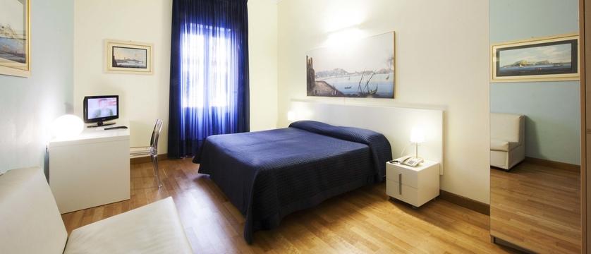 Hotel-Rex-Room.jpg