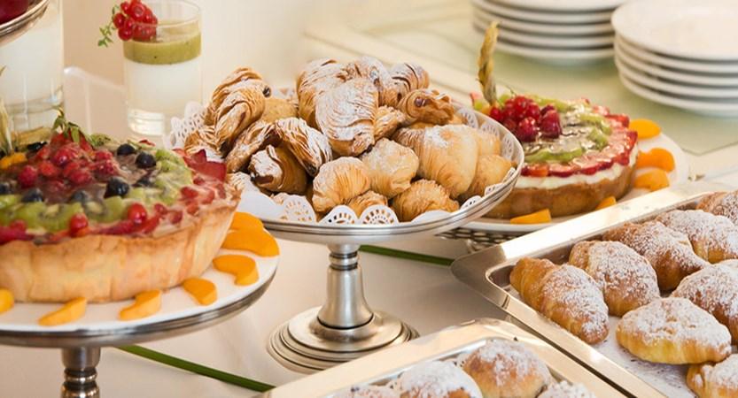 starhotel-Terminus-breakfast.jpg