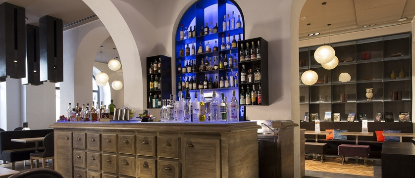 Rome-Times-Bar.jpg