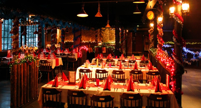 Restaurant for Christmas Dinner