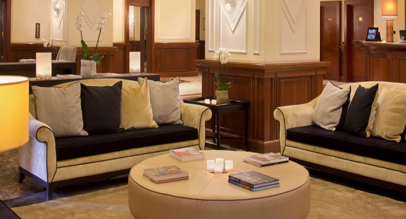 Starhotels Majestic Lobby.jpg