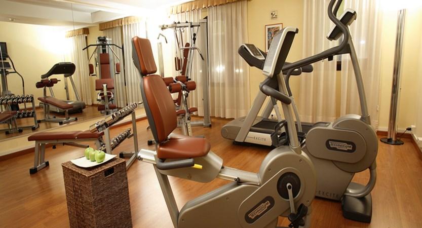 Starhotels Majestic_Fitness Room.jpg