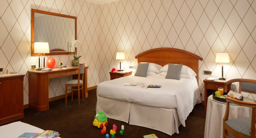 Starhotels Majestic_Family room.jpg