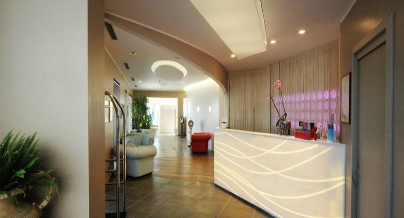 hotel arc en ciel reception.jpg