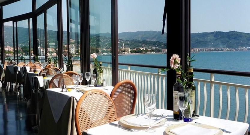 hotel arc en ciel restaurant.jpg