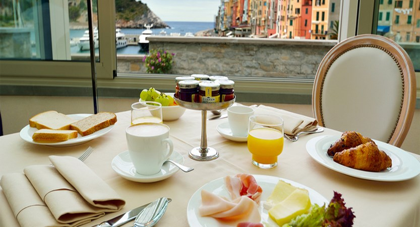 Grand Hotel Portovenere Breakfast.jpg