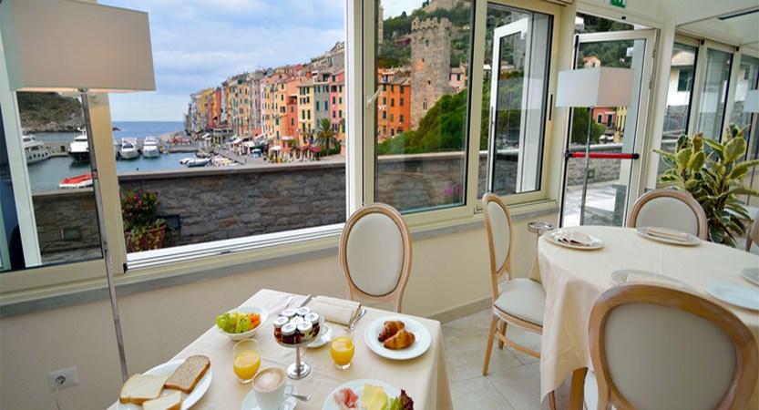 Grand Hotel Portovenere Breakfast tables.JPG