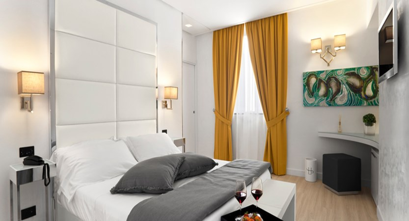 Hotel Santa Margherita Palace classic room.jpg