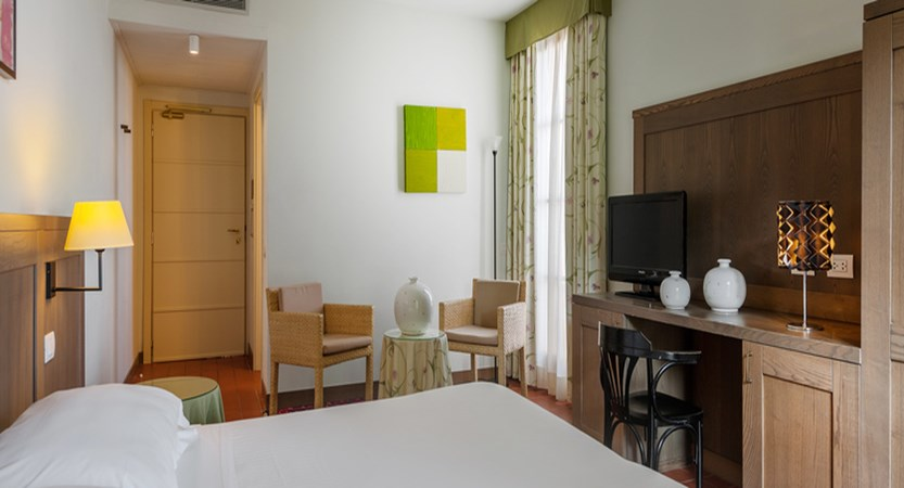 Classic room.jpg