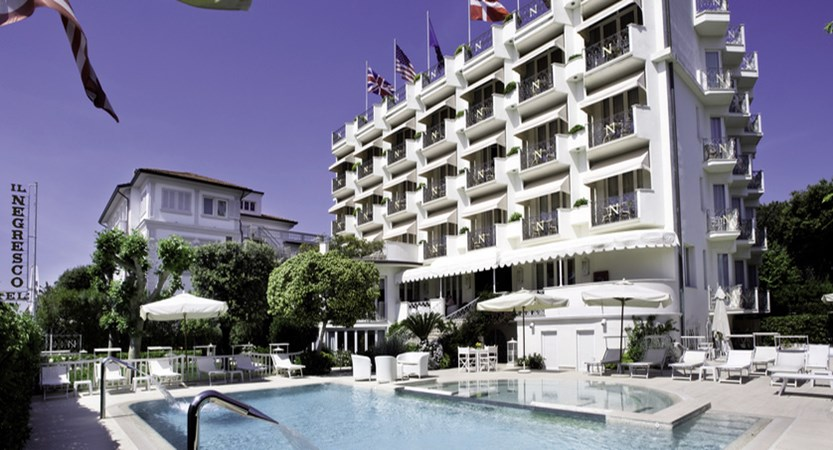 Hotel Il Negresco facade from the pool.jpg