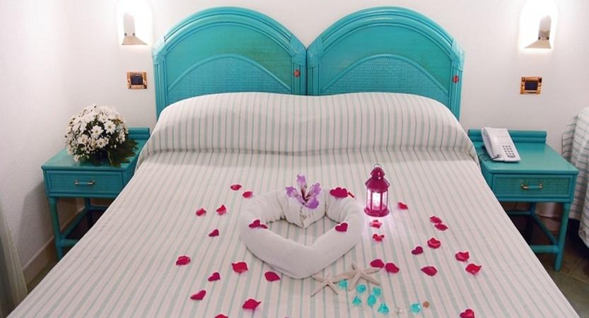 Hotel Room (1).jpg