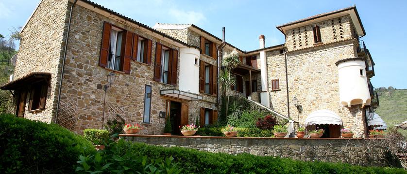 Hotel Hermitage External.jpg