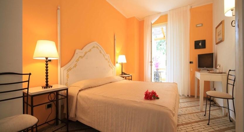 standard double room with garden view.jpg