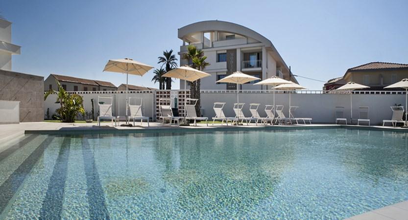 vista-piscina-3_42575588524_o.jpg