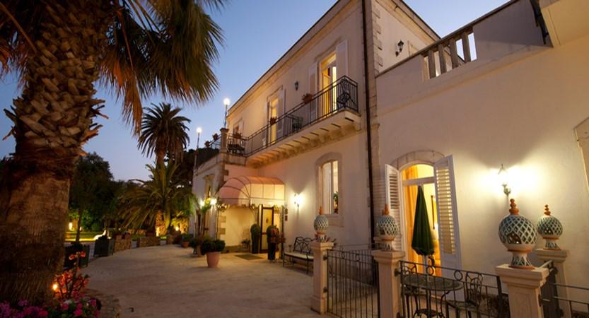 100-Hotel Principe di Fitalia (1).jpg